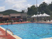 Tarifes de la piscina municipal de Collsuspina. Estiu 2018. Imatge de la piscina